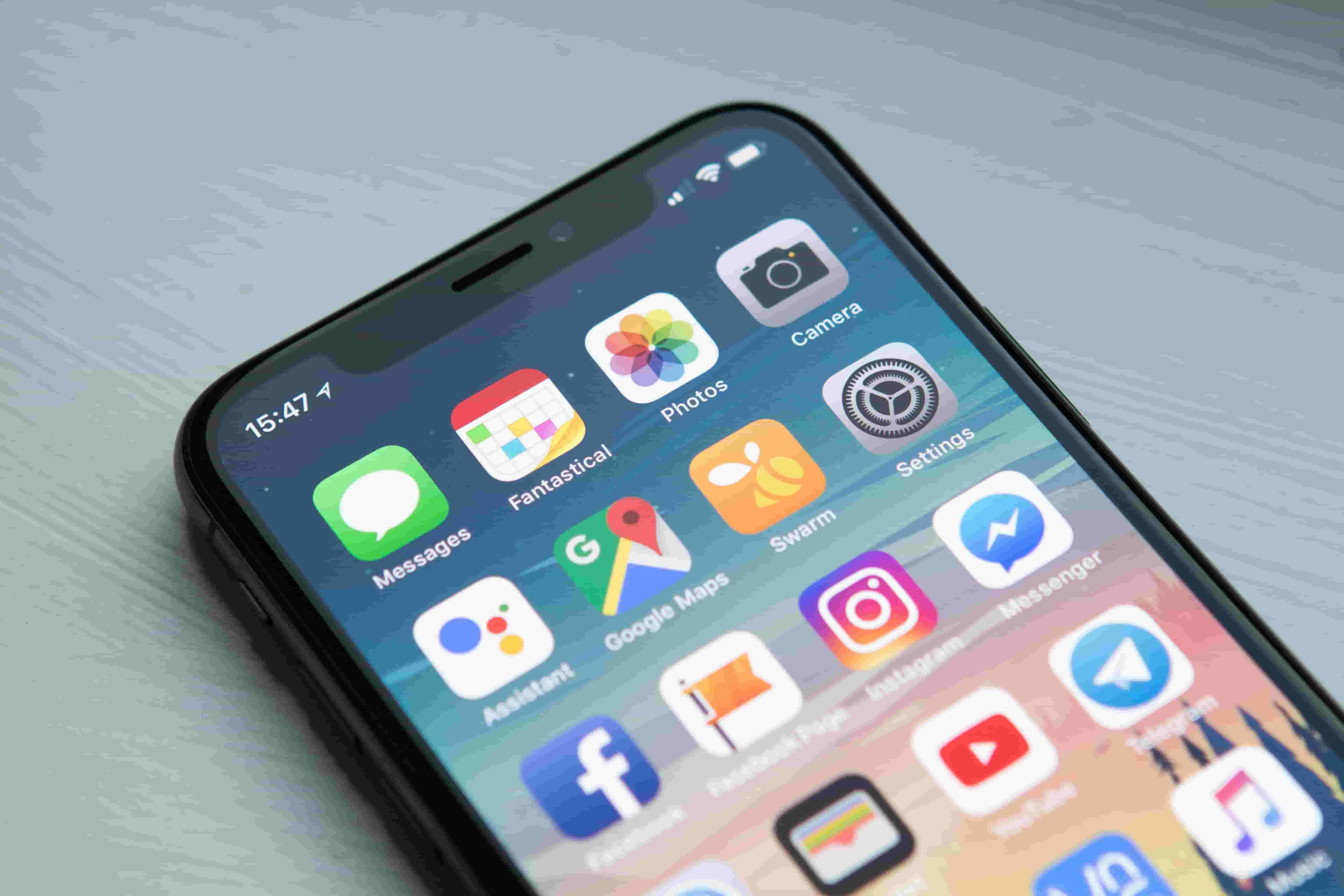 Mobile Applications for Teachers; online teaching application; android app for teachers; student engagement; live classes